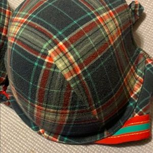 Cacique Intimates & Sleepwear - Cacique 42F Plunge Bra
